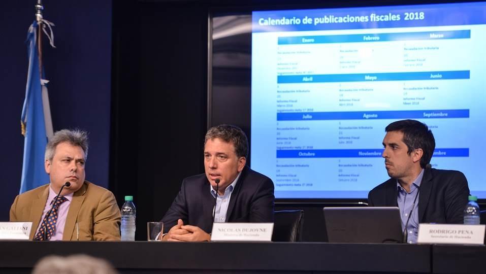 Dujovne presenta el resultado fiscal 2017 de las cuentas públicas