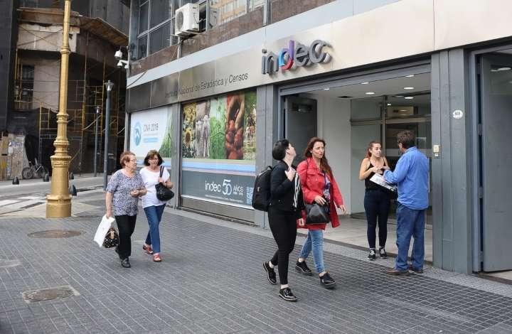 Fondos de inversión demandan a Argentina por no pagar el cupón PBI