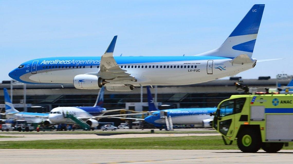 Aerolíneas cancela vuelos a Roma, Miami y Orlando