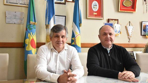 "Se sellaron acuerdos sobre el Jardín Municipal ""Camilo Latapié"""