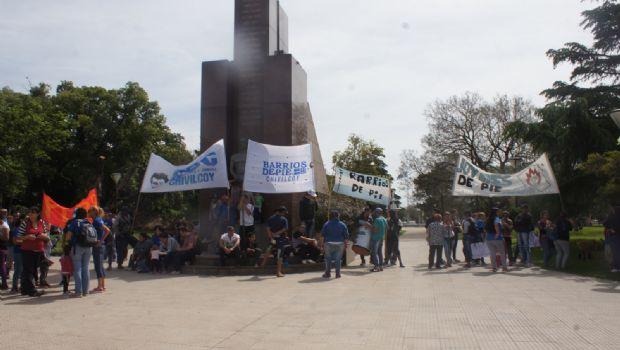 La CCC y Barrios de Pie marcharon nuevamente al centro de la ciudad