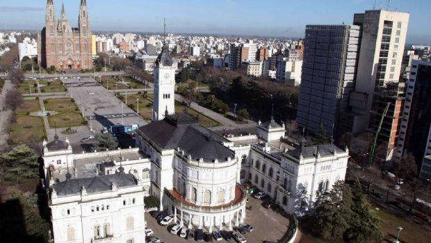 El Gobierno le pone un tope del 38% al aumento de las tasas municipales
