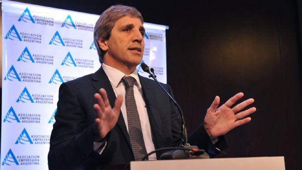 """El Frente Renovador reclama a Macri que eche a Caputo, su """"ministro offshore"""""""