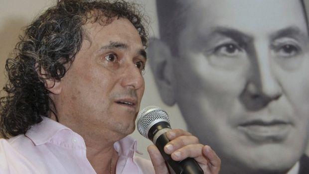 Una buena para Macri: la Unión Ferroviaria aceptó unificar diez convenios en dos