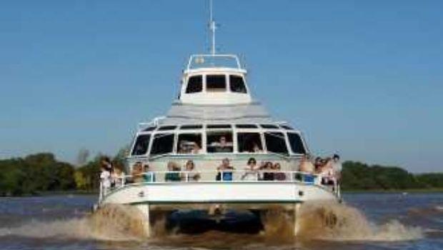 Hallaron ahogado al joven de 19 años que se arrojó al río Luján desde un catamarán
