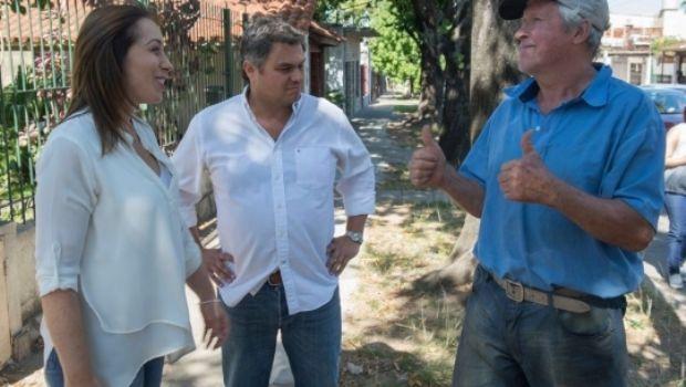 """Vidal encabezó el timbreo que llevó a la calle el inicio del """"operativo reelección"""""""