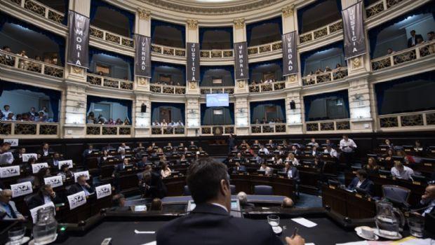 Tarifas: Cambiemos negocia con el massismo para destrabar la quita impositiva