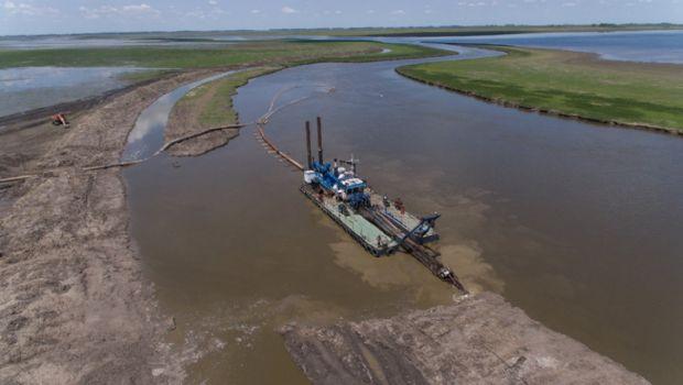 Firmaron contratos y un mes arrancan obras hídricas por $1200 millones en zona de Bragado