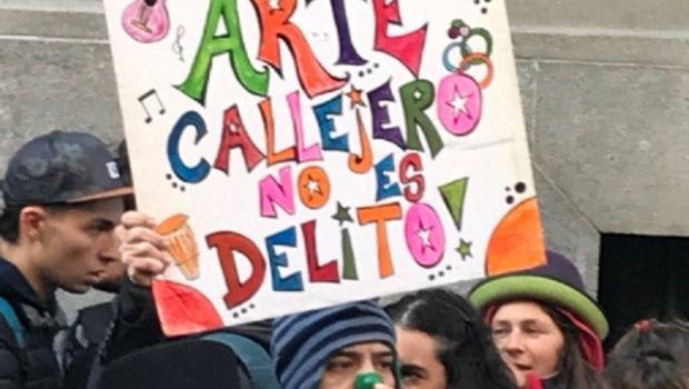 En Chivilcoy, expresaron apoyo a los artistas callejeros