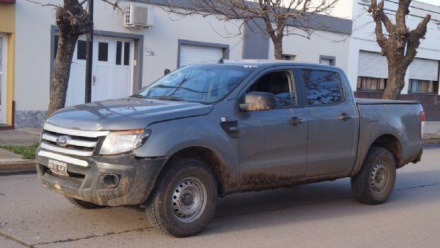 Una camioneta chocó a un  patrullero de la Comisaría 1ª