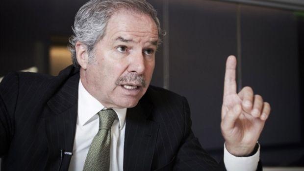 """Felipe Solá se sumó a las advertencias: el gobierno """"debe cambiar o reviviremos el 2001"""""""