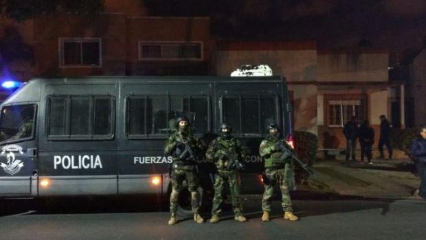 Imparable: en quince días hubo 150 amenazas de bombas en escuelas de La Plata, Berisso y Ensenada