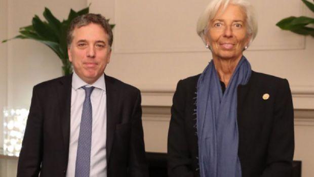 Una misión del FMI llega para revisar la economía