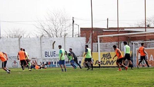 Colón y Pellegrini jugaron ayer