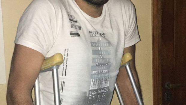 Martín Mora fue intervenido de la rodilla