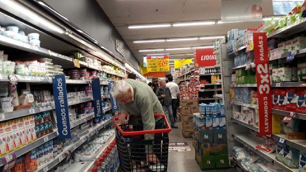 Inflación de agosto fue del 3,9%, empujada por tarifas, comunicaciones y alimentos