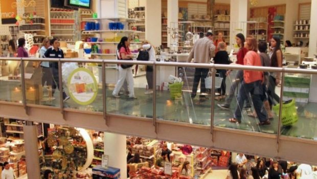 El consumo se desploma: las ventas minoristas pymes cayeron 8% en agosto
