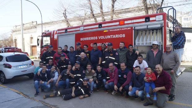 Los Bomberos Voluntarios recibieron una nueva unidad