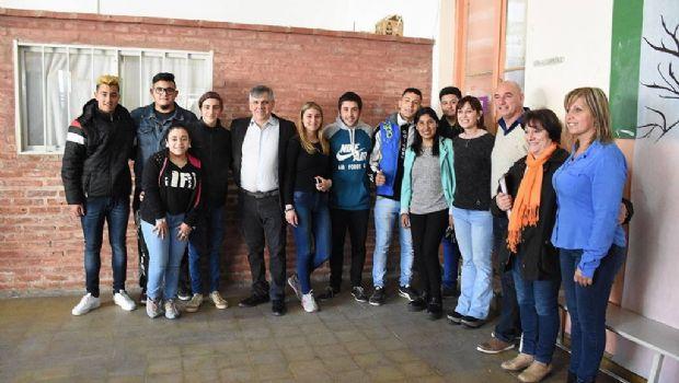 El intendente Britos visitó las obras finalizadas en la Escuela Secundaria Nº 11