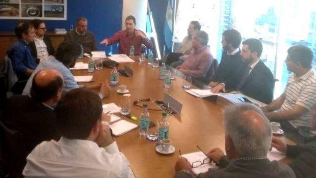 Reunión con ABSA para mejorar el servicio del agua