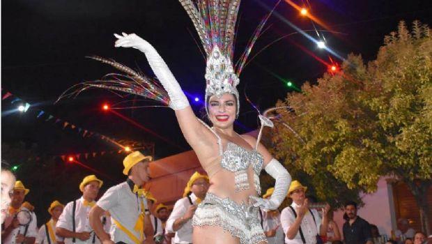 Noches de carnavales en Moquehuá y Gorostiaga