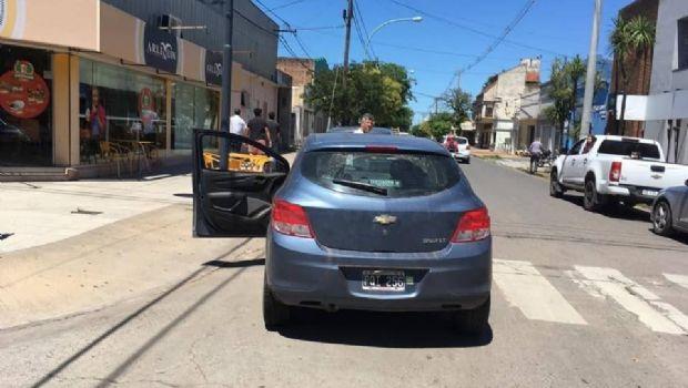 Choque en la esquina de  Av. Sarmiento y Las Heras