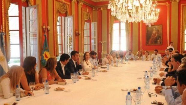 Vidal avanzará en la regulación del financiamiento electoral en la provincia
