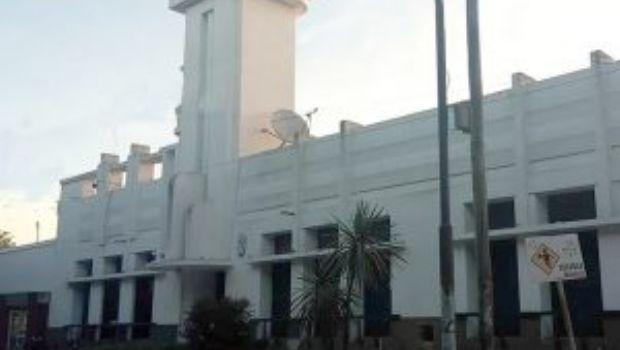 Piden intervención de funcionarios ante aumentos  de las cuotas a la carrera de Derecho de la UNLZ