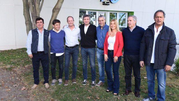 Los precandidatos gobernador del PJ se muestran juntos en Avellaneda