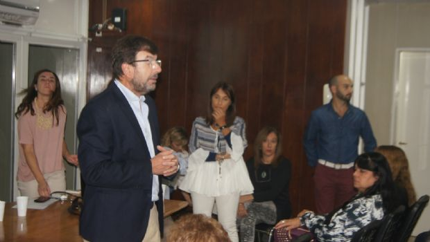 """Dr. Marcelo Fage: """"No se puede tratar la  obesidad sino es de manera multidisciplinaria"""""""
