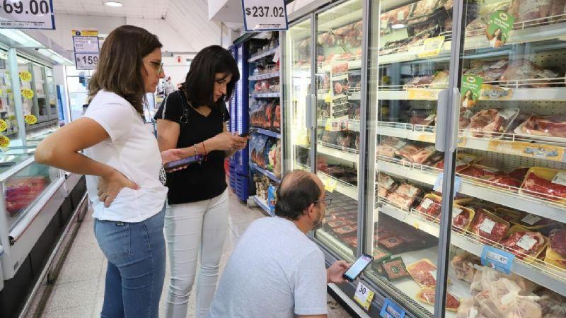 Los concejales del Frente de Todos relevaron  Precios Cuidados en supermercados